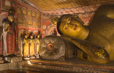 Reclining Buddha at Dambulla