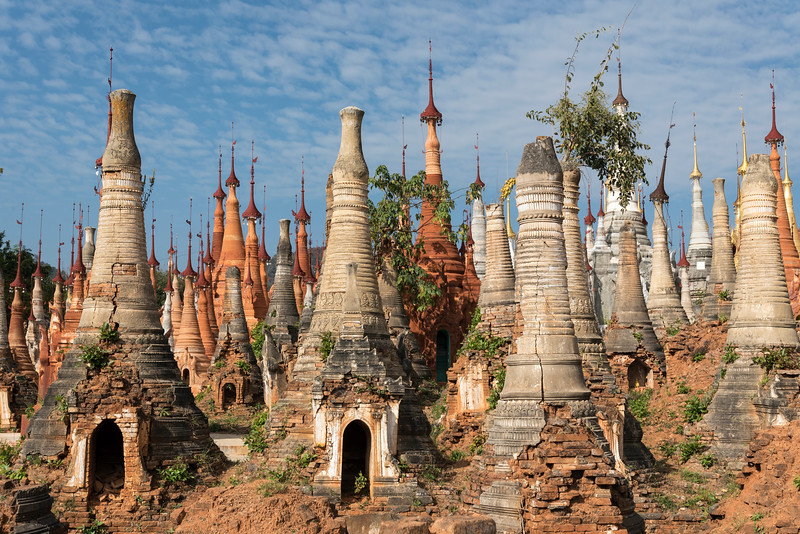 Stupas of Inn Thein Pagoda