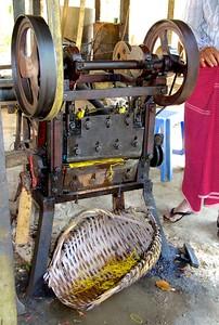 Rubber Tube Cutting Machine