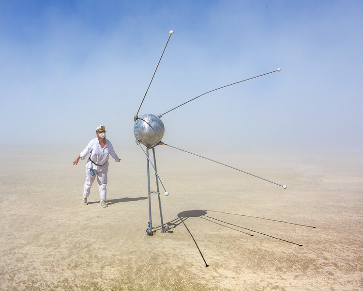 Sputnik Theremin by Linda Ljungahl