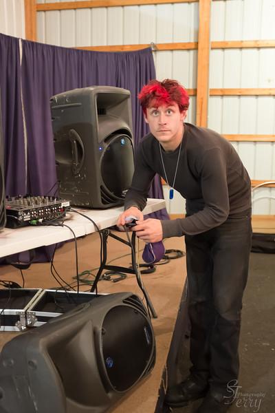 Fahrenheit Fire & Flow Arts Festival 2013: Phone DJ