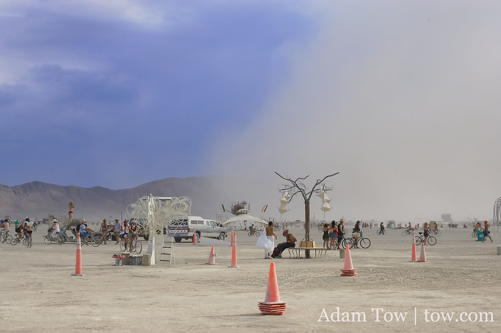 Dust vs. Blue. A wall of dust begins to blot out the sky at Burning Man 2007.