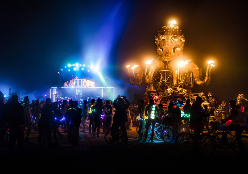 Did you know art cars on the playa get to be friends? It's true! Our car Kalliope has become rather close with the amazing steampunk octopus, El Pulpo Mechanico. I think El Pulpo keeps Kalliope (and the rest of us!) warm! 🙂 They had many meetings this burn…