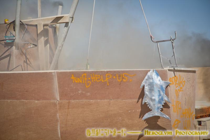 Cap'n Jim Memorial burn by the Tuna Guys