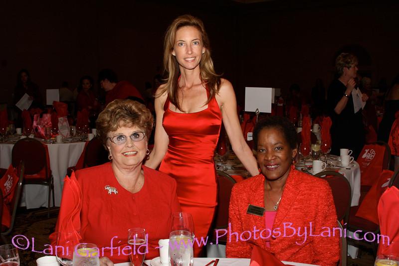 Mayor (DHS) Yvonne Parks, Janell Fontes, Jan Pye