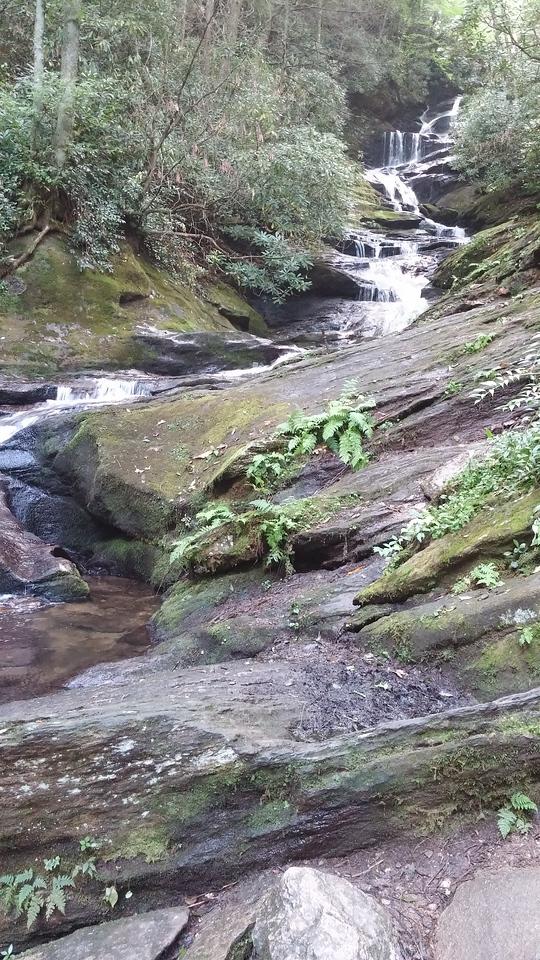The waterfall!!