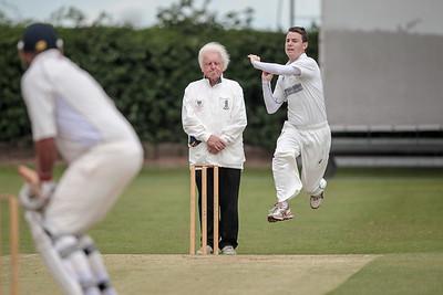 Burton Leonard bowler
