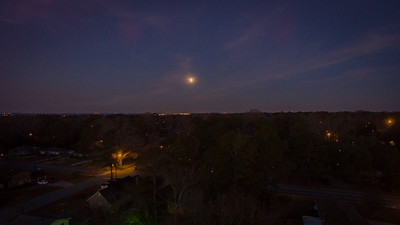 The setting moon at sunrise in Columbia, SC 2-11-17