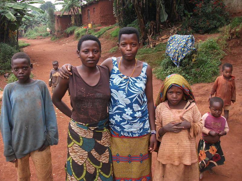 kids near Ngozi.JPG