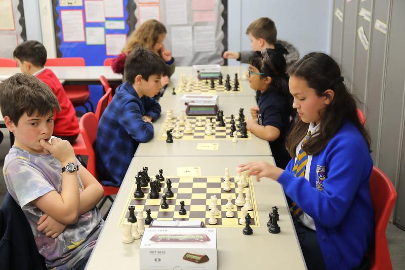 Board 4 - Kirsten Taylor v Ben Palmer (0 - 1)