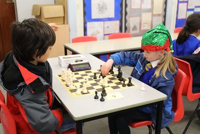 Board 9 - Ruby Holmes v Hamilton Lowdell (0 - 1)