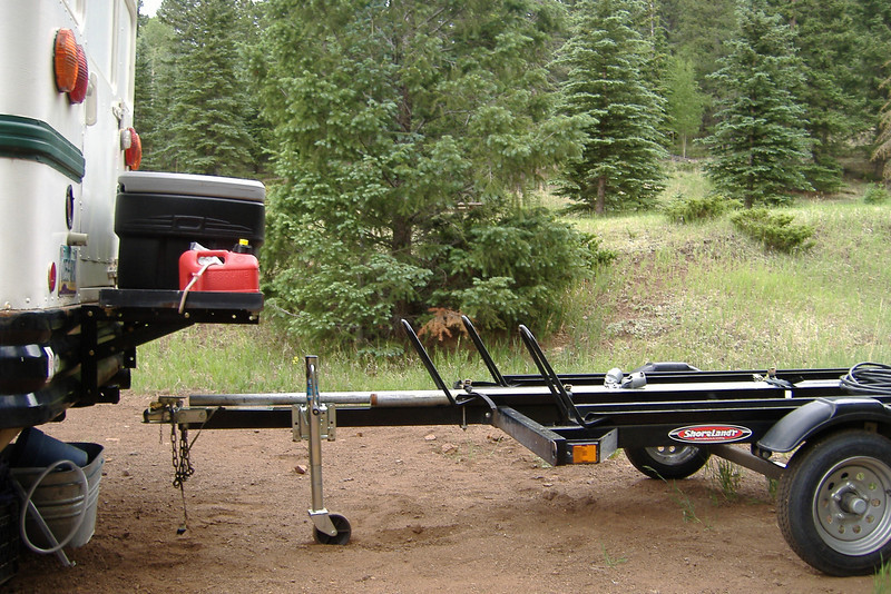 This is a mockup of the trailer in relation to the new deck. I'm not sure I need to use a hitch extension. It appears that the bus would have to be climbing a serious incline for the trailer to foul the deck.