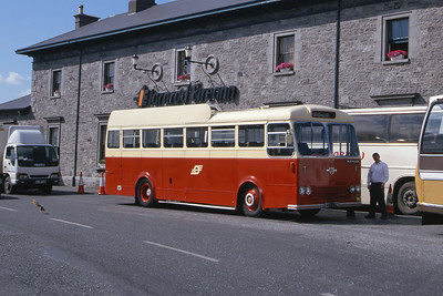 Bus Eireann E14 Athlone Railway Stn 3 Jun 00