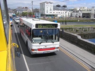 Bus Eireann DPC9 WolfeTone Bdge Galway Jun 06