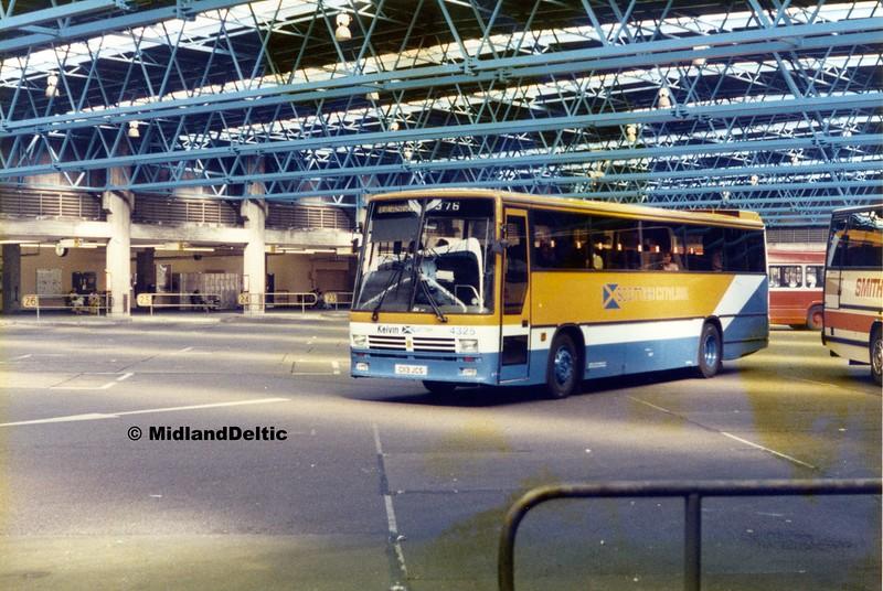 Kelvin Scottish 4325, Victoria Bus Station Nottingham