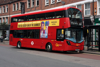 WSD 11-SN18 XZE on the Mitcham Road, Tooting.