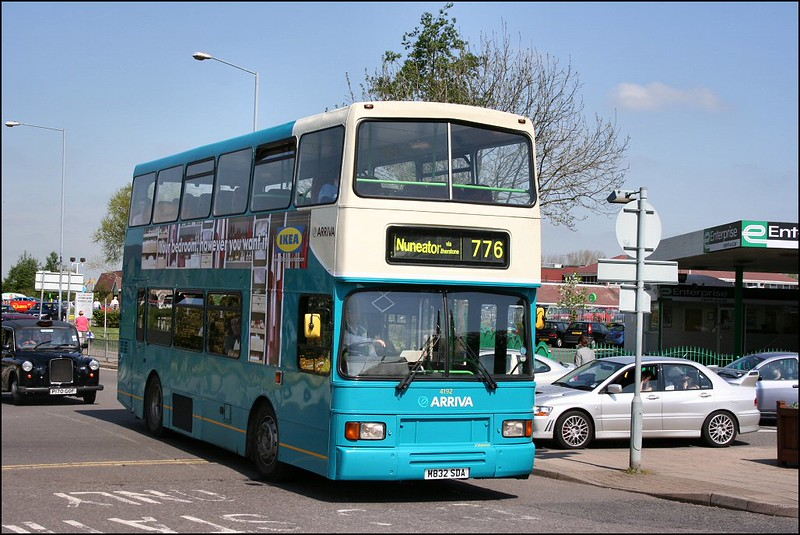 Arriva Midlands Scania 4192 (M832SDA), working service 776, approaches Nuneaton Bus Station - 26 April 2007.