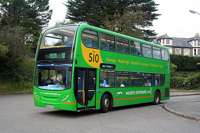 401-WK58 EAA Western Greyhound in Wadebridge