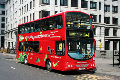 HV5- LJ09 KOV Arriva London at London Bridge
