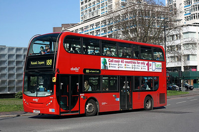 9440-LJ09 CCA Abellio London at Elephant & Castle