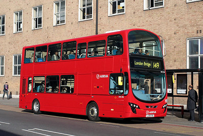 DW 298-LJ10 CVE Arriva London in Shoreditch High Street