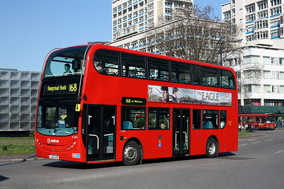 T 174-LJ60AVB Arriva Londo at Elephant & Castle