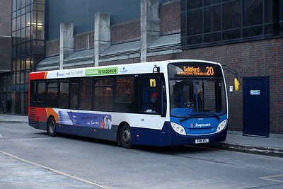 Stagecoach 36432-GX61 AYL in Guildford Bus Station
