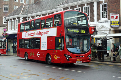 Go Ahead London WHV 37-LJ62 KGN at Eden Street, Kingston