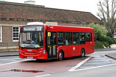 Abellio 8207-YY64 GVX at Sutton Town Centre.
