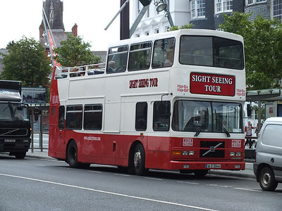 98D20444 Grand Parade 2 August 2013