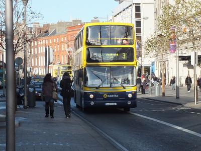 AV386 O'Connell St 17 December 2011