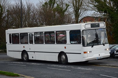 98G16850 Galway Cathedral bus park 6 November 2017