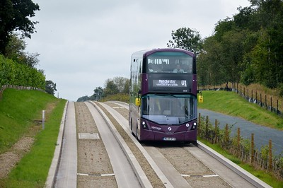 39249 Leigh busway 21 August 2016