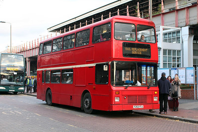 Bear Buses F253YTJ new to MTL Merseyside on SWT Rail Replacement at Clapham Junction