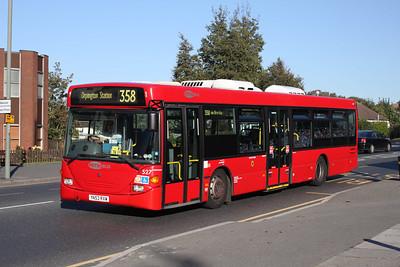 527-YN53RXW