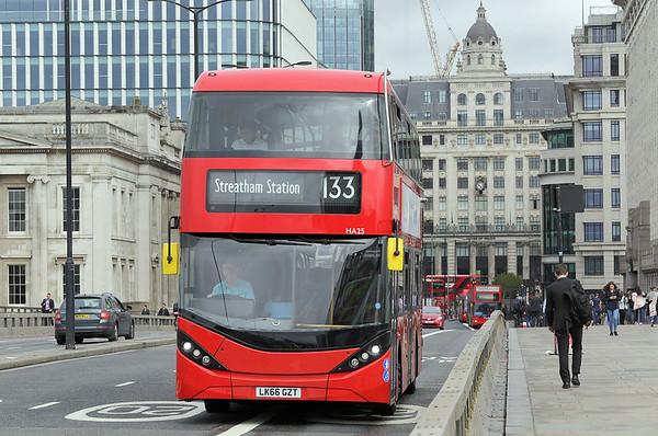 HA25 LK66GZT, London Bridge 4/9/2017