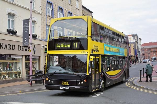 305 PJ02PYL, Blackpool 21/9/2016