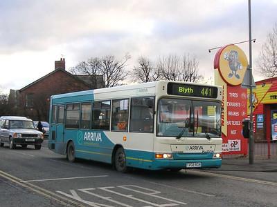 Arriva 1702 (T702RCN), Ashington, 26th January 2006