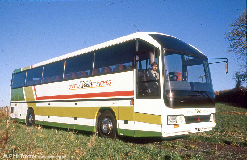 United Welsh Coaches U136 (F99 CEP), a 1989 Hestair Duple '425' integral: Duple '425' C55FT .