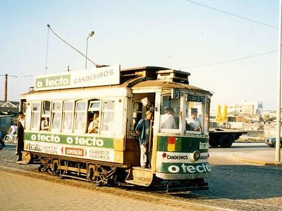 STCP 176, Castelo do Quiejo, Porto, June 1986