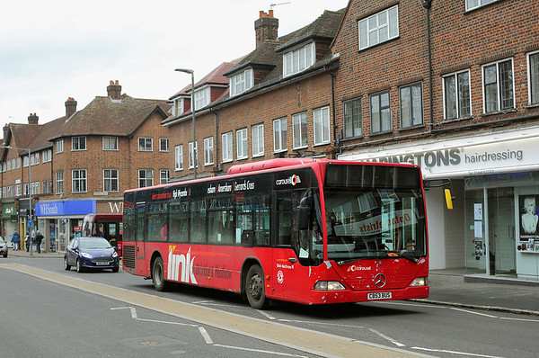 872 CB53BUS, Beaconsfield 15/5/2017