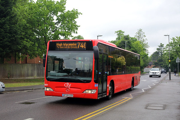 881 BT09GOX, Beaconsfield 15/5/2017