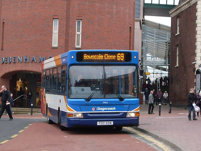 Stagecoach 33162 (T37CCK), West Tower Street, Carlisle, 21st February 2011