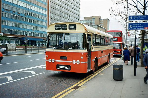 East Surrey 19 MPE248P, Croydon 20/5/1991