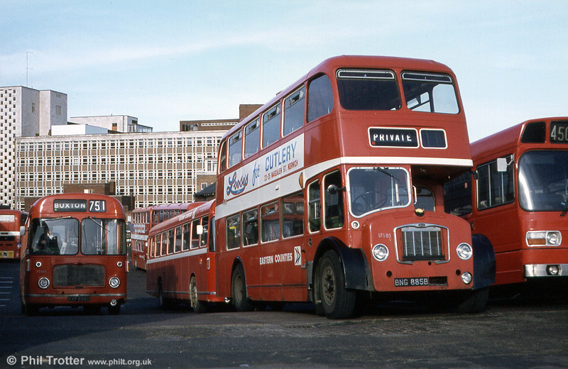 Norwich Bus Station, with LFS85 (BNG 885B), a 1964 FS5B to the fore.