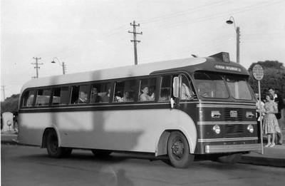 m/o 170 AUSTIN/SYD WOOD (1953) (39 Seat) – Photo Location: Route 78 Bus Stand, The Crescent, Fairfield. (Photo from the Ron Drummond Collection)