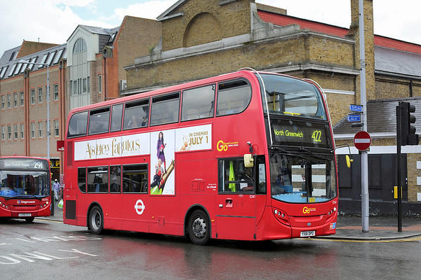 E241 YX61DPO, Woolwich 25/6/2016