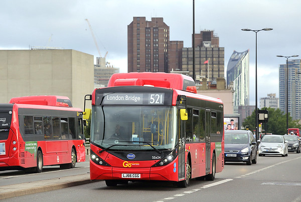 SEe24 LJ66CGG, Waterloo Bridge 4/9/2017