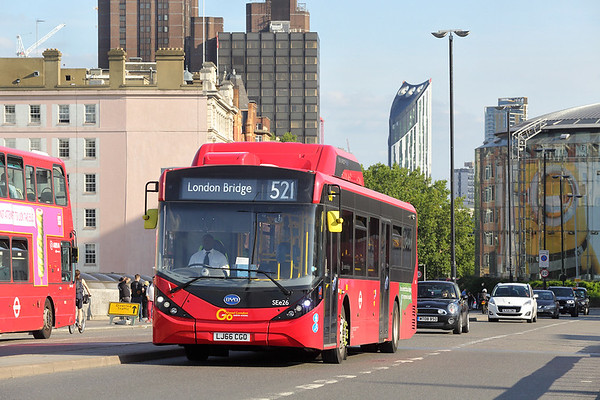 SEe26 LJ66CGO, Waterloo Bridge 25/8/2017