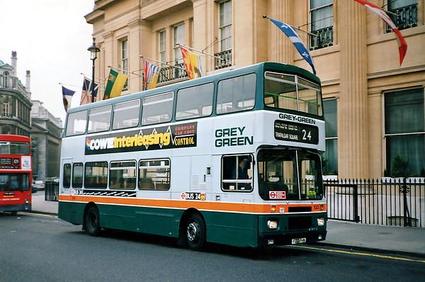 133 F133PHM, Trafalgar Square 25/1/1991